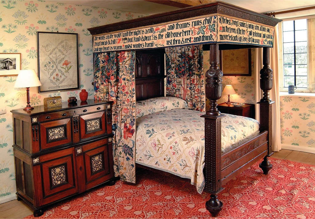 But kind and dear is the old house here william morris for Arts and craft bedroom furniture